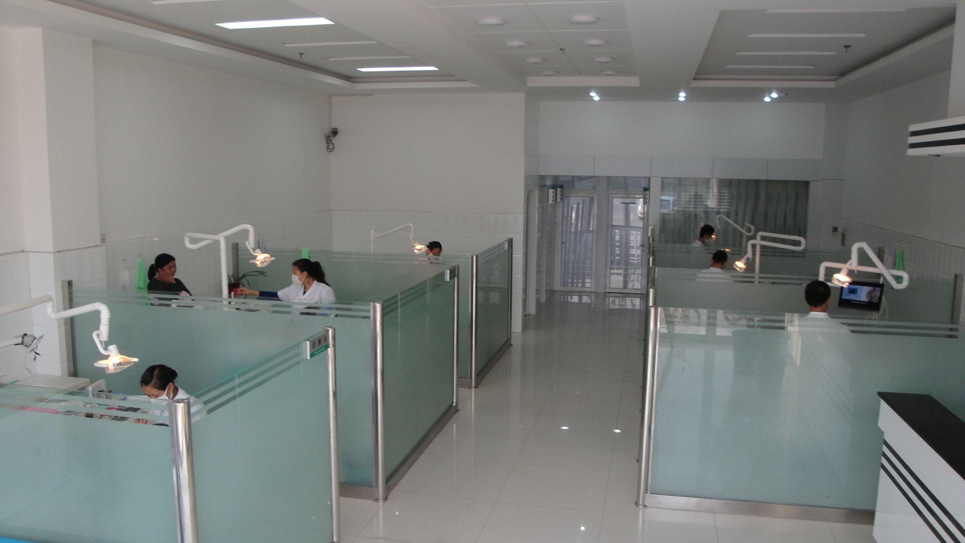 广西现代口腔诊所招聘